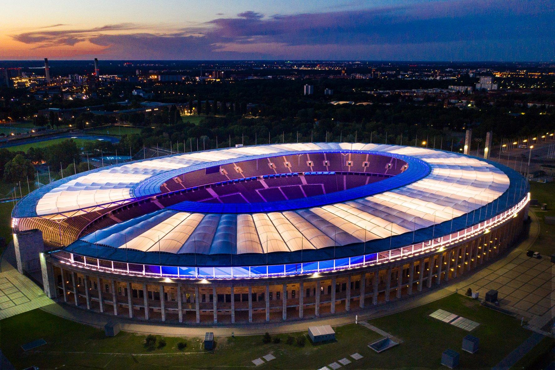 Umbau Der Beleuchtungsanlage Im Olympiastadion Ist Abgeschlossen Entwicklungsstadt Berlin